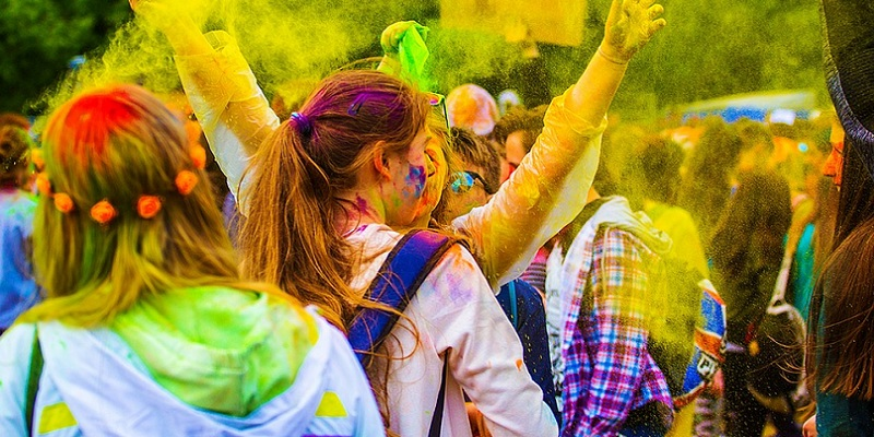 10 Places to Celebrate Holi In India